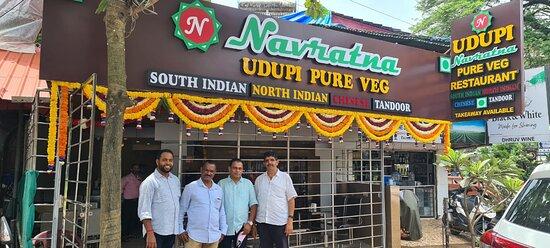 Navratna pure veg restaurant Calangute Naik waddo Goa