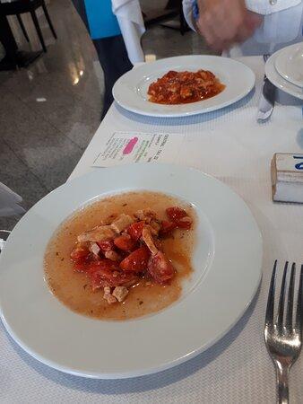 Antipasto portodanzese:  Tonno al pomodoro e polipetti al pomodoro