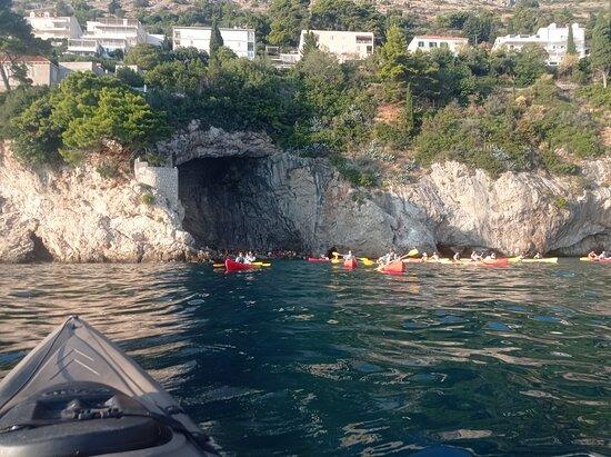 Sunset Sea Kayaking and Wine Tasting Tour Dubrovnik: dubrovnik x-adventure kayaking