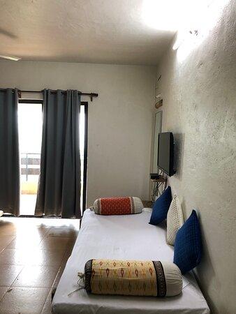 Divan in deluxe room
