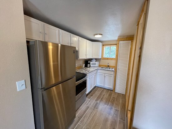2 Bedroom cabin - Kitchen