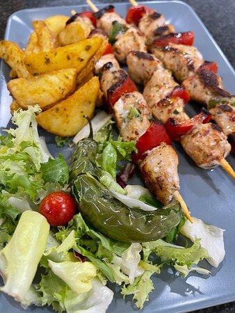 Pinchos de pollo con verduritas