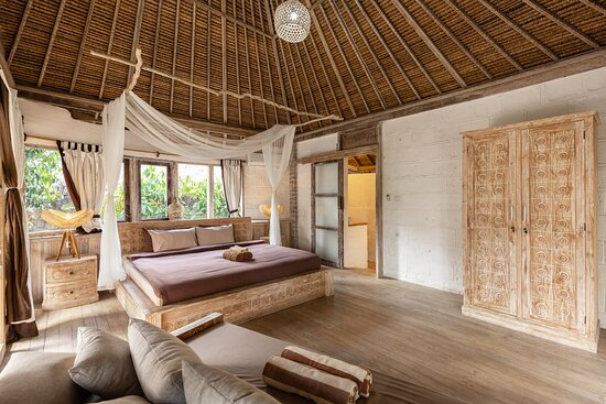 Premium Bungalow - Bedroom