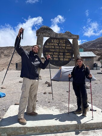 Love to the top roof of Africa (Mt. Kilimanjaro) www.kilisnow.org