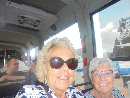 Rotterdam Land and Sea Splash Tour: Het gezelschap in de bus