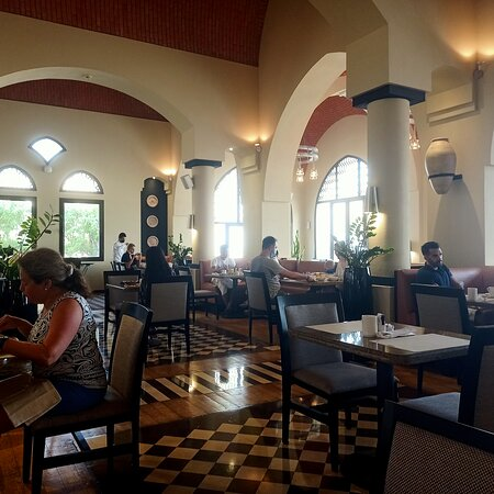 Emirate of Ras Al Khaimah, United Arab Emirates: Ресторан отеля