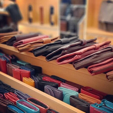 Leather wallets Leather Accessories