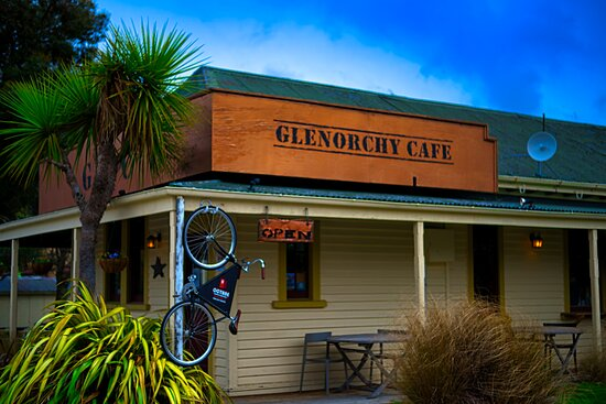 How the café looks from outside - opposite the only petrol station in Glenorchy