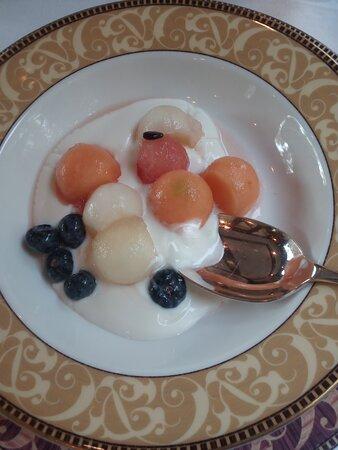 Melon and yogurt startyed
