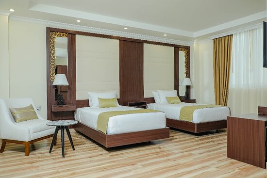 35 equipped rooms with friendly staff awaits you.