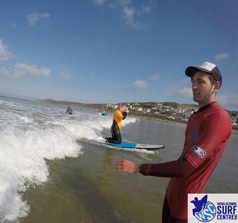 Surf Lesson: Ollie explaining how to turn