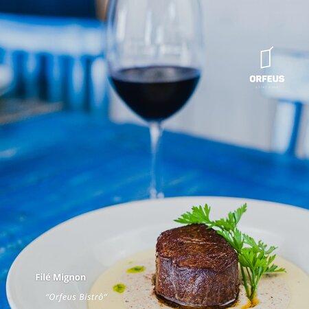 Excelente culinária, tudo combinando com o ambiente e atendimento! 😉