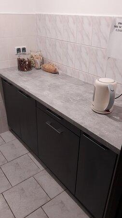 Aneks kuchenny w korytarzu