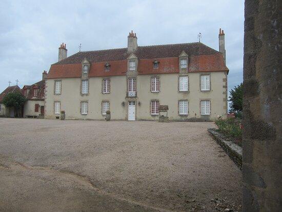 Château du Breuil Yvain. Vue 55. Logis Principal (XVIIIème Siècle). 18 Septembre 2021. Orsennes.