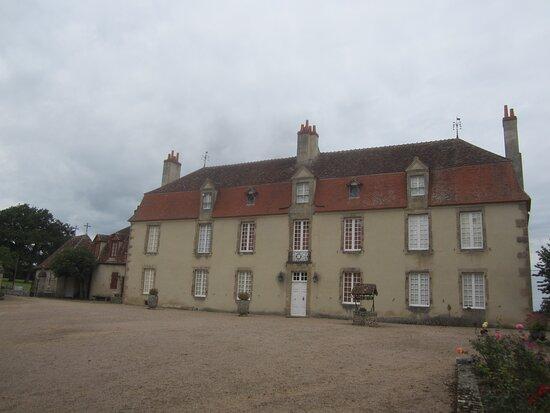 Château du Breuil Yvain. Vue 54. Logis Principal (XVIIIème Siècle). 18 Septembre 2021. Orsennes.