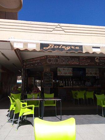 Benidorm, España: The original cider bar a great suntrap, for afternoon drink.
