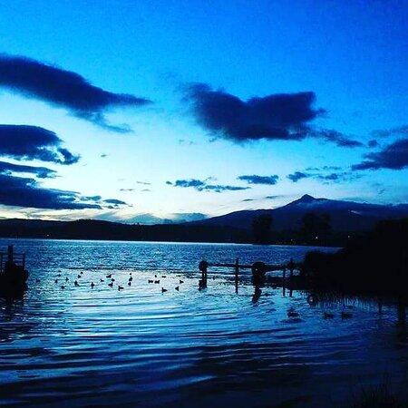 San Pablo Del Lago, Ecuador: Un atardecer el lago San Pablo, con paisajes únicos