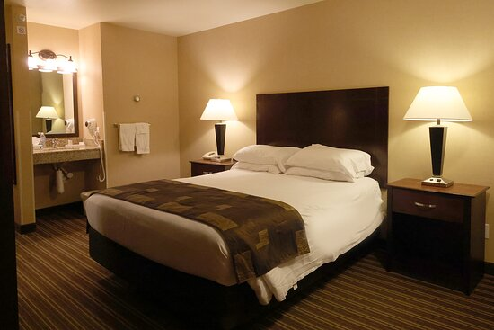 Bed was comfortable and had different options for pillows.  The sink was in -the bedroom, not in the bathroom.