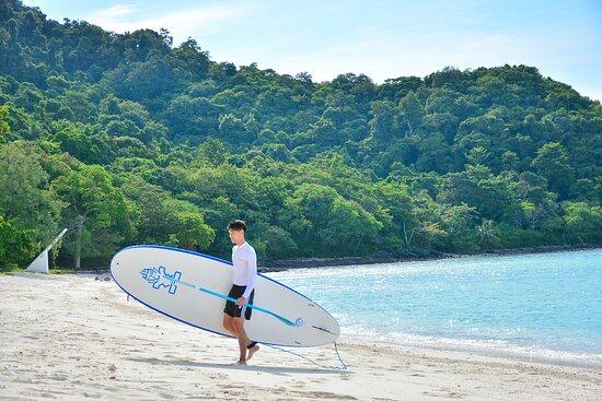 Full-Day Coral & Racha Islands Catamaran Yacht Tour w/ Sea Kayaking & Snorkeling: Coral Island