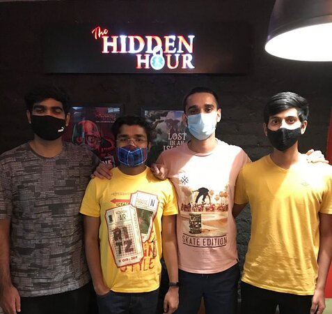 Age is no bar, only Excitement & Enthusiasm can make your experience Thrilling. Check out Kids, Families, Youngsters and Corporate People having fun at The Hidden Hour