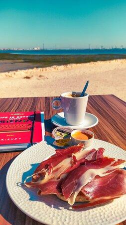Desayuno en Marambay