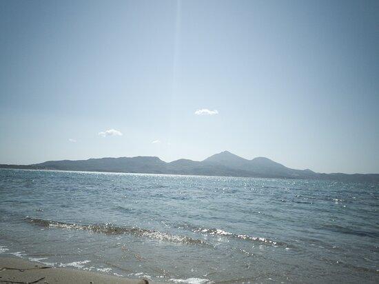 Papikinou Beach