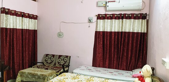Jaiswal Homestay will consistently meet your satisfaction for Holiday Home comfort and make your stay pleasant and restful.