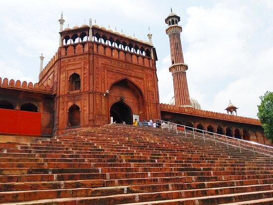 Shivalik Holidays (New Delhi)