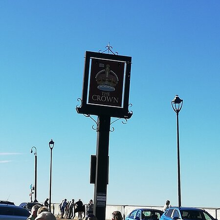The Crown, Sheringham