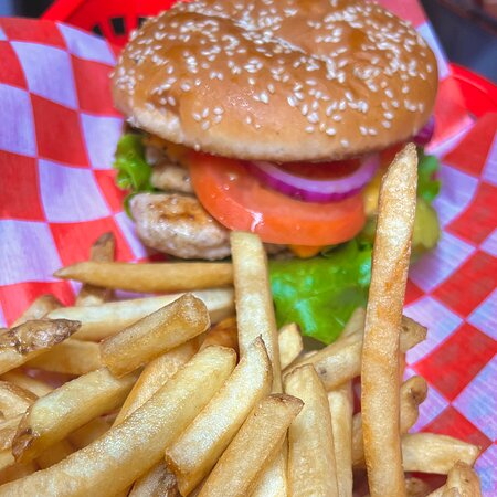 The Grilled Chick'n Sandwich with Fries 🔥