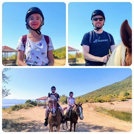 Akritochori, Yunanistan: 🇬🇷 Βόλτες με άλογα στους πρόποδες του όρους Μπέλες, με θέα τη λίμνη Κερκίνη. 🇬🇧 Horse rides on the foothills of mountain Belles, overlooking Kerkini lake.  ΚΡΑΤΗΣΕΙΣ / BOOKINGS 📞 6982876068  #covidfree #outdooractivities #horsebackrinding #horses #lakekerkini #lakes #nationalparks #mountainbeles #foothills #greece #greek #tourism #travel #ecotourism #goodtimes #memories #fun #balance #landscapes #niceview #nature #freshair #recreation #wellbeing #leisure #psycotherapy #calmness