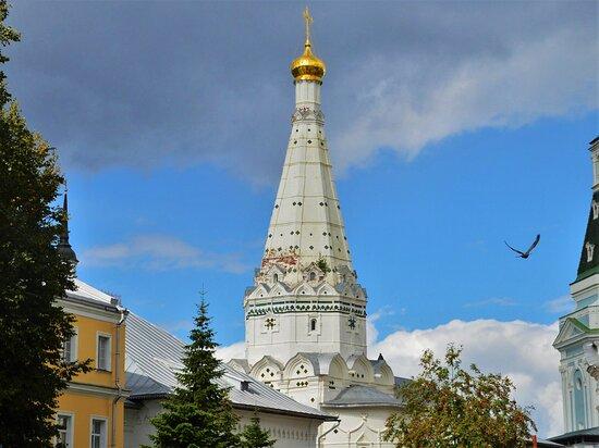 Храм в честь преподобных Зосимы и Савватия Соловецких