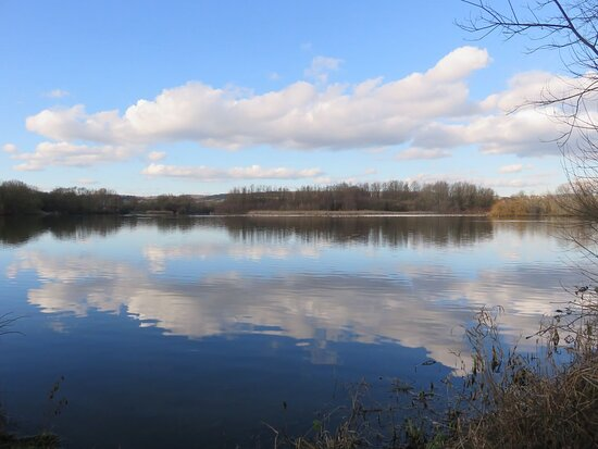 Little Marlow Lakes Country Park