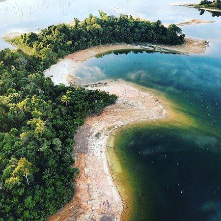 Brokopondo District, ซูรินาเม: Eastside of Libi Da Wai Island