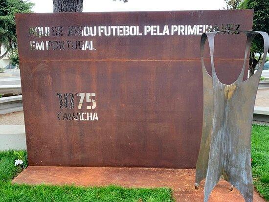 Monumento Ao Futebol