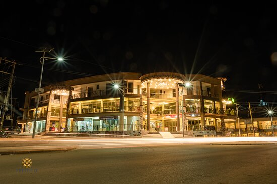 Mbarara, Uganda: Visit Portville Mall to enjoy the best experience in shopping, food, fun, and entertainment.