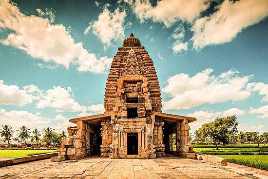 Hubli to Hampi, Bijapur, Badami & Goa Beach Tour