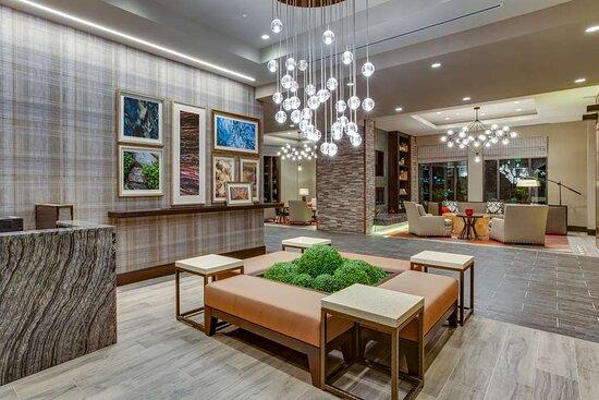 Homewood Suites by Hilton Savannah Historic District / Riverfront