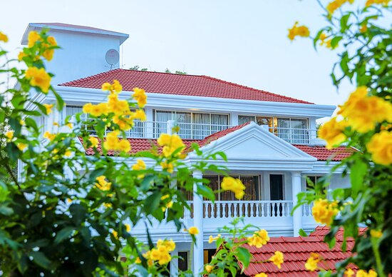 Casa Ahaana Resort