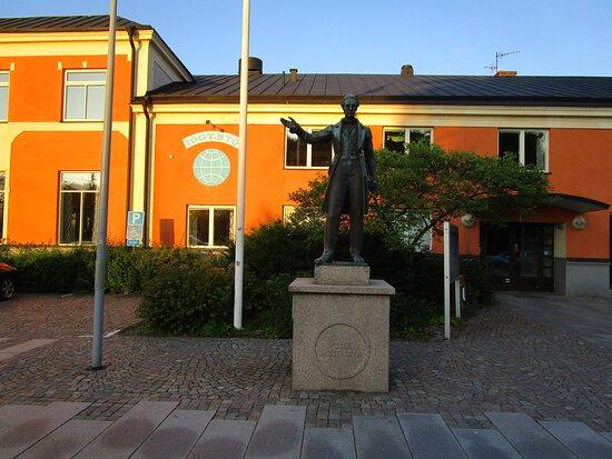 Statyn ''peter Wieselgren''