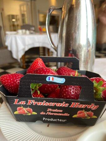Saint-Germain-des-Vaux, Francia: fraises du Cotentin