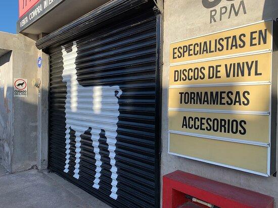 Perro Negro Records