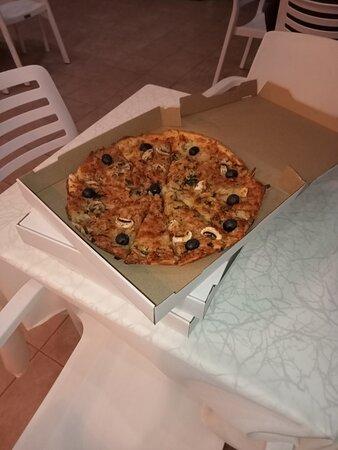 Estreito da Calheta, Portugal: Pizzas