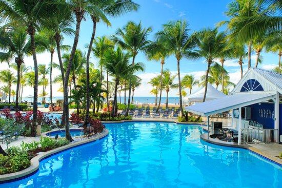 Courtyard by Marriott Isla Verde Beach Resort