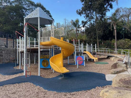Camp Hill Play Space