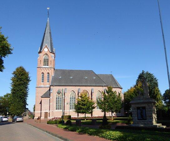 Katholische Kirche St. Michael in Löningen-Bunnen