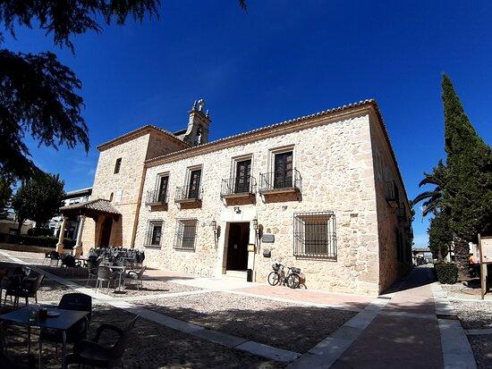 Lillo, Spain: Lugar muy agradable y bonito