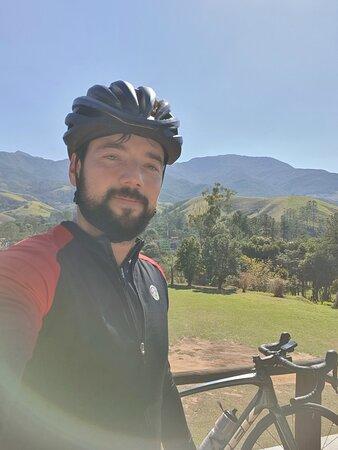 Retornando de um pedal de estrada pela serra de São Francisco Xavier até Monteiro.