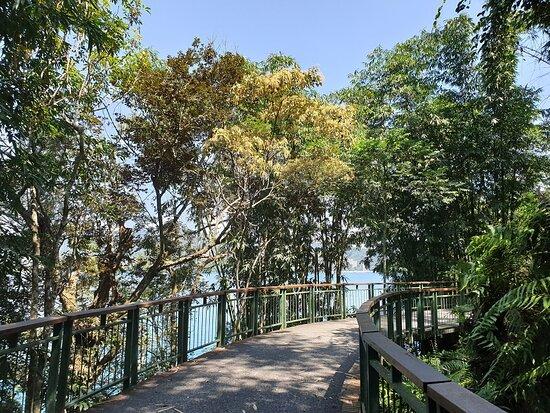Xiangshan Scenic Outlook