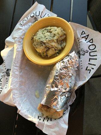 เซลมา, เท็กซัส: Greco Roman pita sandwich